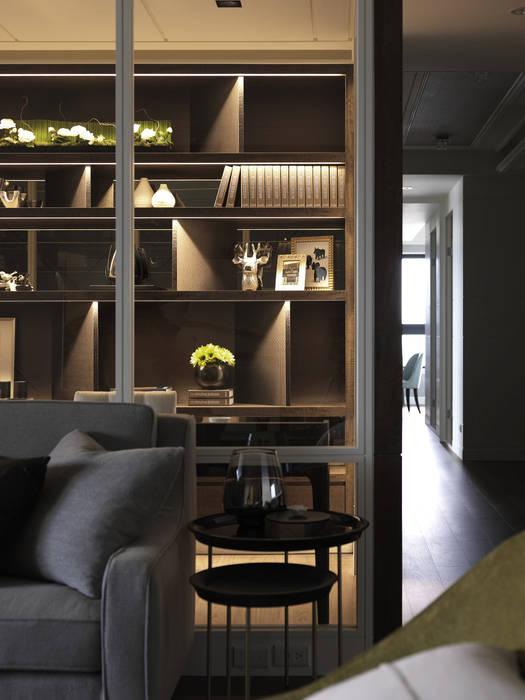 英式古典情挑:  客廳 by 大荷室內裝修設計工程有限公司