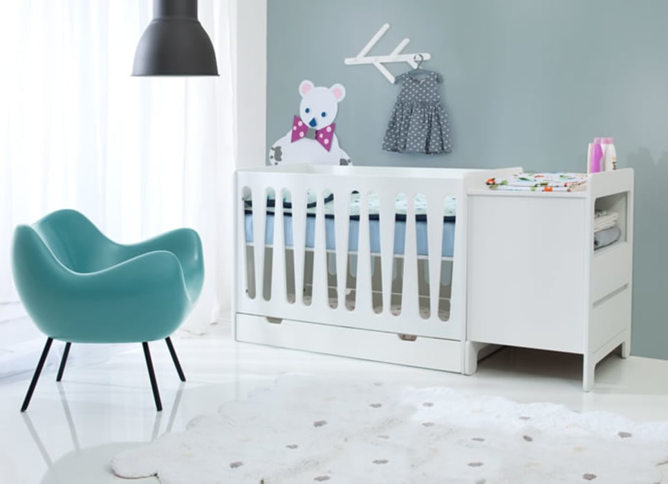 Moonlight Cot Bed by homify Classic Wood Wood effect