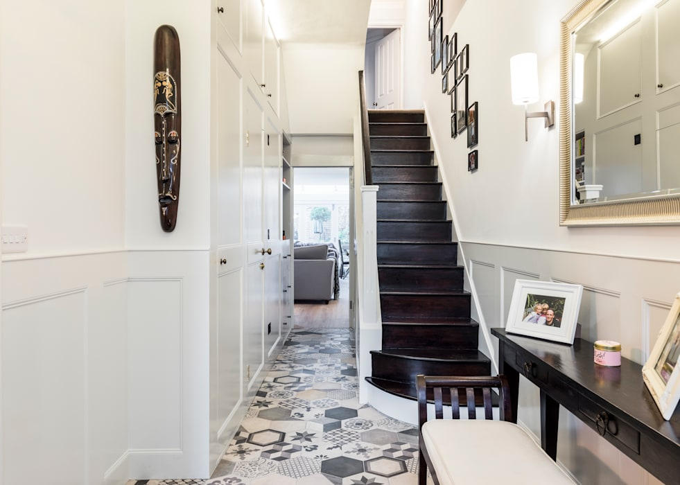 Abbeville Road Modern corridor, hallway & stairs by Orchestrate Design and Build Ltd. Modern