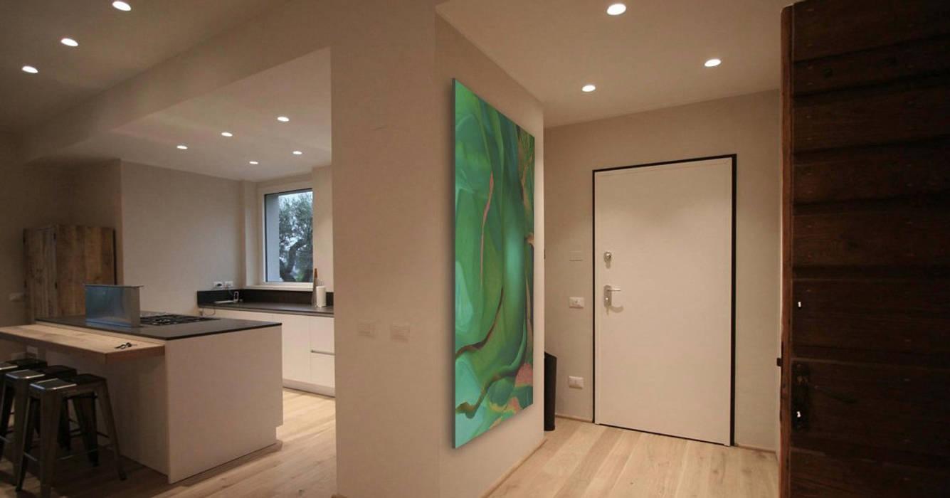 Couloir et hall d'entrée de style  par Studio Maggiore Architettura, Moderne