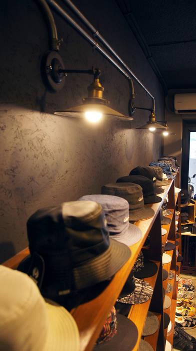 英式紳士風格商業空間:  商業空間 by 光島室內設計