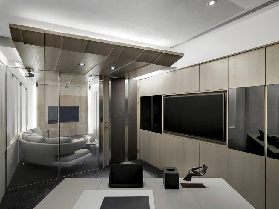 工作空間的最大值:  書房/辦公室 by 大荷室內裝修設計工程有限公司