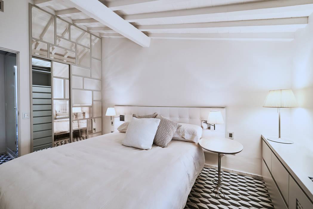 Quartos modernos por Zeno Pucci+Architects Moderno Madeira Acabamento em madeira