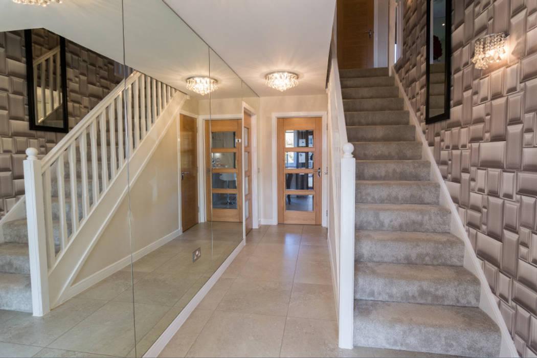New Year - New Home Decor Ideas......... Modern Corridor, Hallway and Staircase by Graeme Fuller Design Ltd Modern
