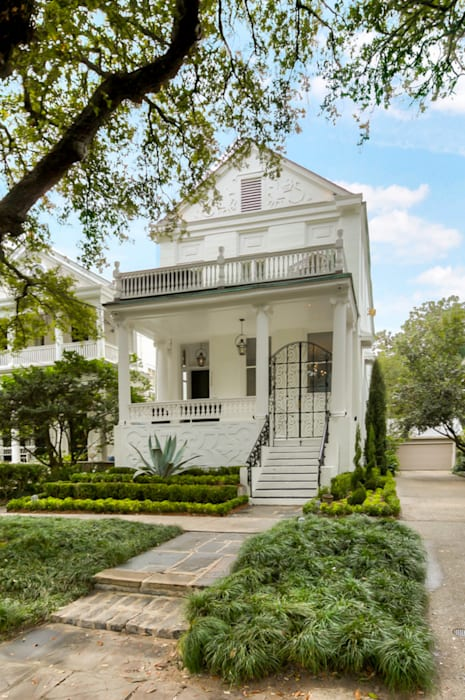 Nashville Avenue Residence, New Orleans Eclectic style houses by studioWTA Eclectic