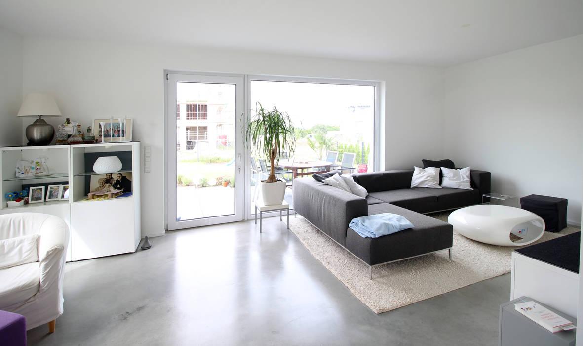 Neubau in Bonn PlanBar Architektur Moderne Wohnzimmer