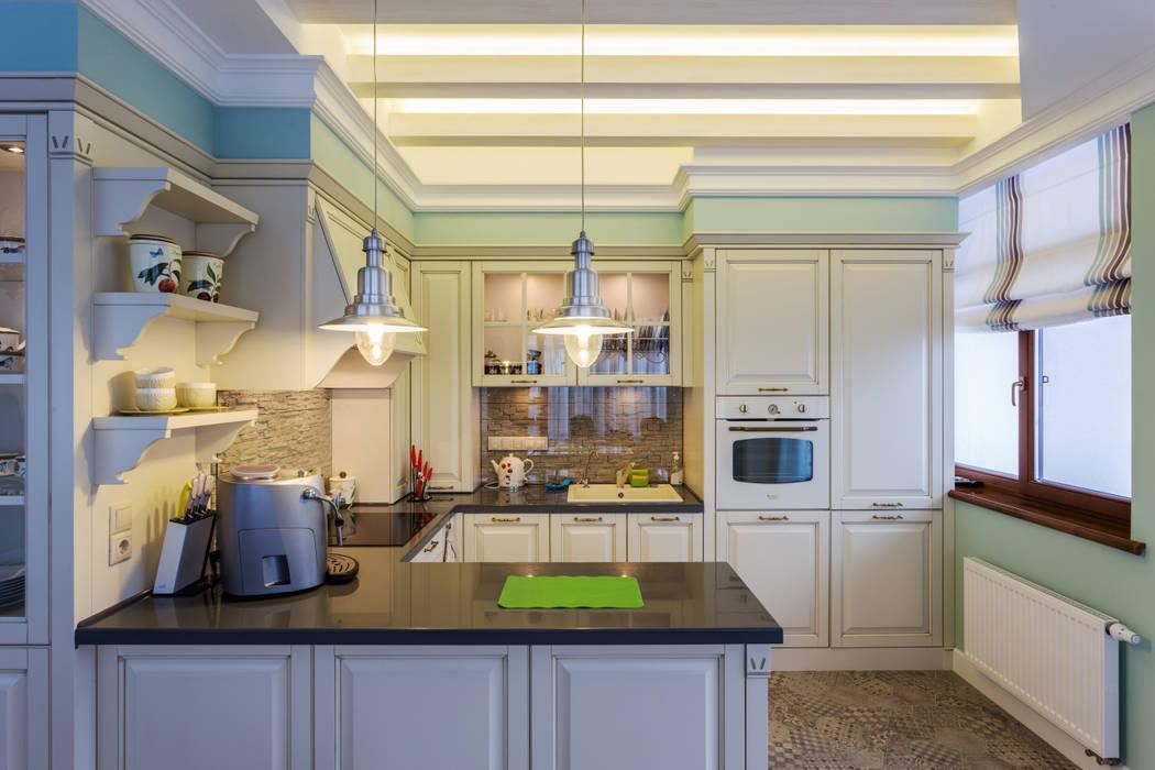 Квартира в стиле прованс: Кухни в . Автор – Строительная компания Конструктив Крым, Кантри