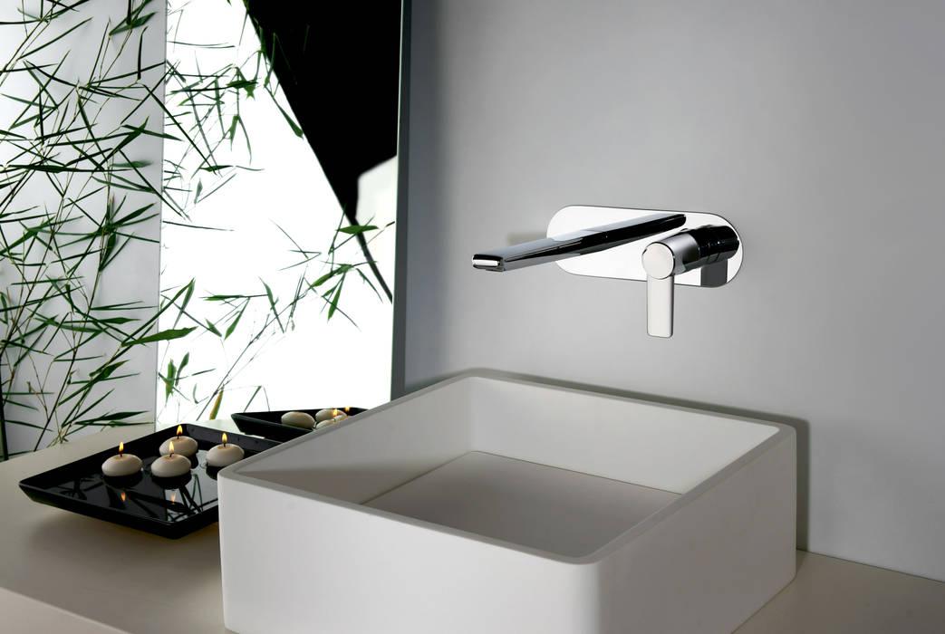 serie Acqua Miscelatore Monocomando Lavabo incasso a parete: Bagno in stile in stile Moderno di FRISONE SRL