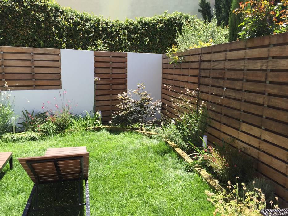 il giardino: Giardino in stile  di Architetto Francesco Franchini,