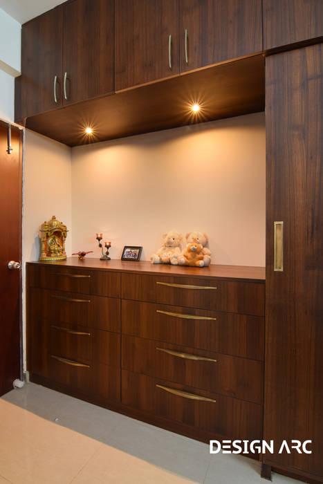 Bed Room Interior Design Service Bangalore Classic style bedroom by Design Arc Interiors Interior Design Company Classic Plywood