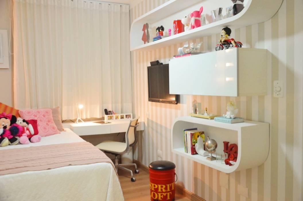 Cris Nunes Arquiteta Classic style bedroom