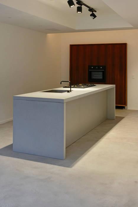 Beton küche arbeitsplatte: küche von oggi-beton | homify