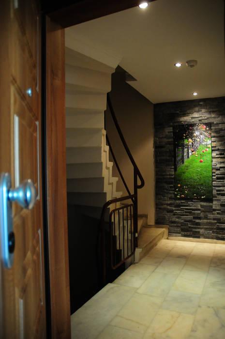 Tasarımca Desıgn Offıce Modern corridor, hallway & stairs