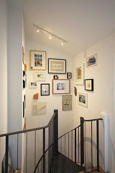 Eclectic style corridor, hallway & stairs by innen_architekten BALS + WIRTH Eclectic