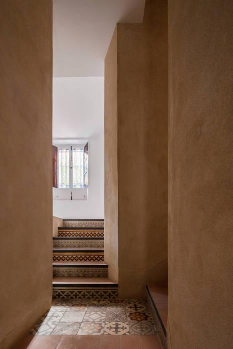 Dinding & Lantai Gaya Eklektik Oleh FAQ arquitectura Eklektik