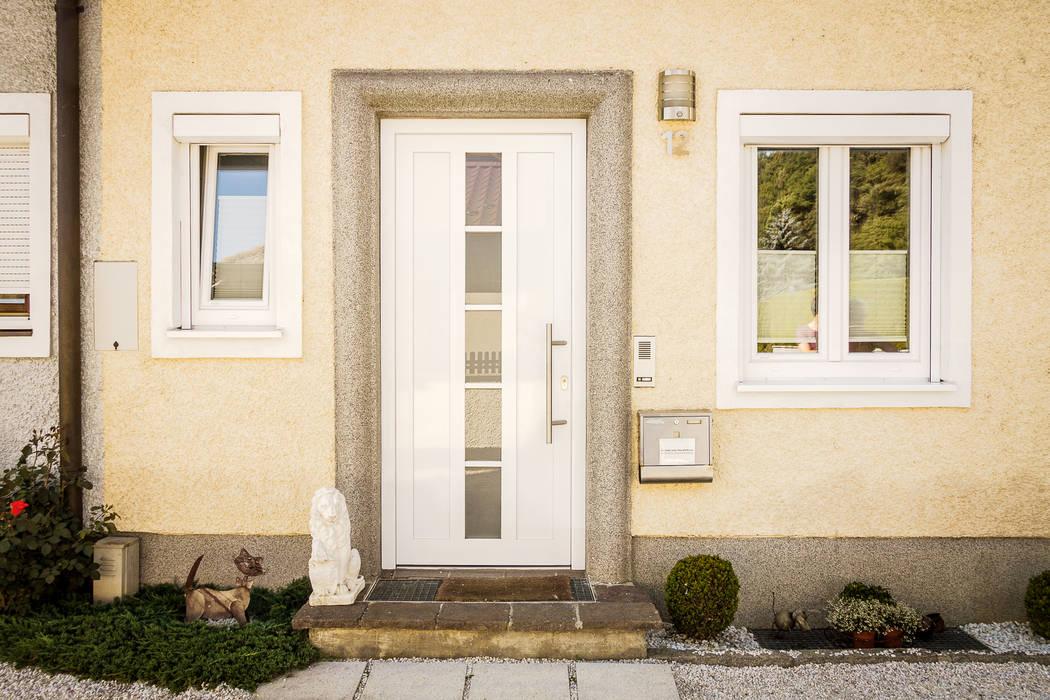 Schmidinger Wintergärten, Fenster & Verglasungen Modern Windows and Doors Aluminium/Zinc White