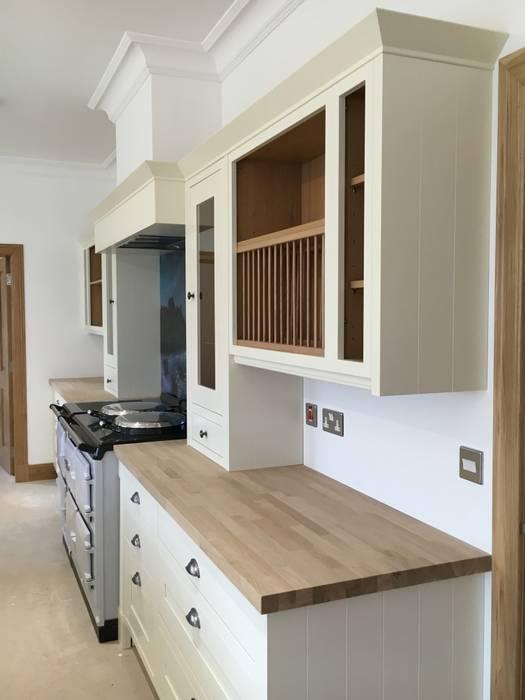 Кухни в . Автор – Roundhouse Architecture Ltd, Модерн