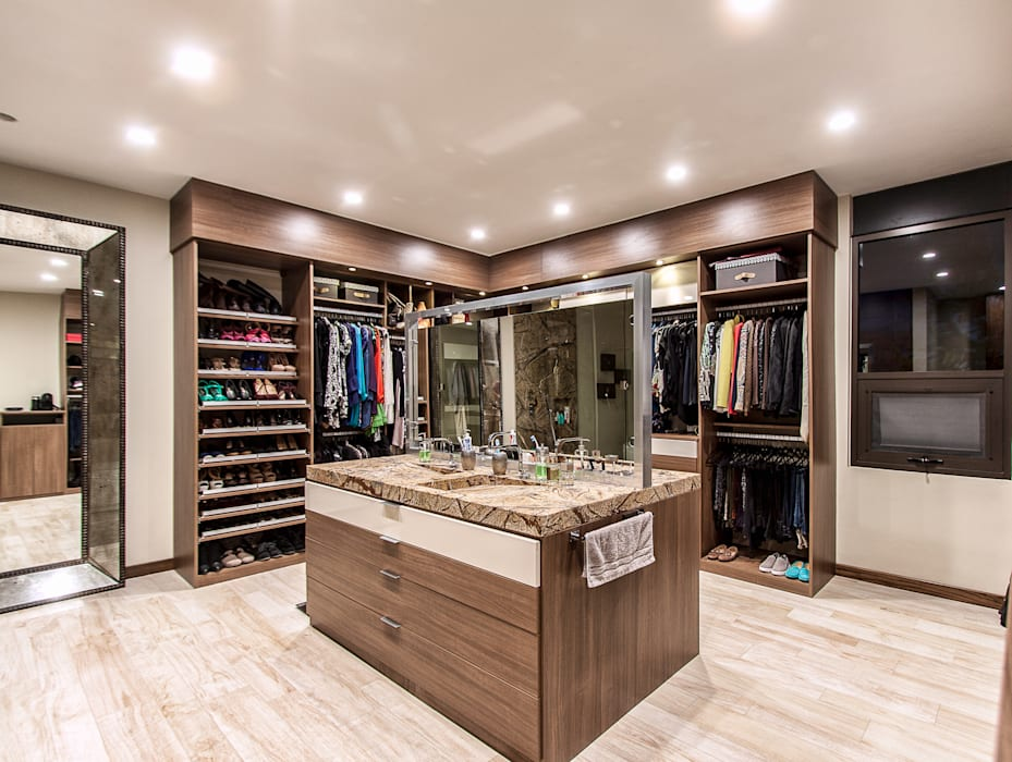 Vestidor principal Closets de estilo moderno de homify Moderno