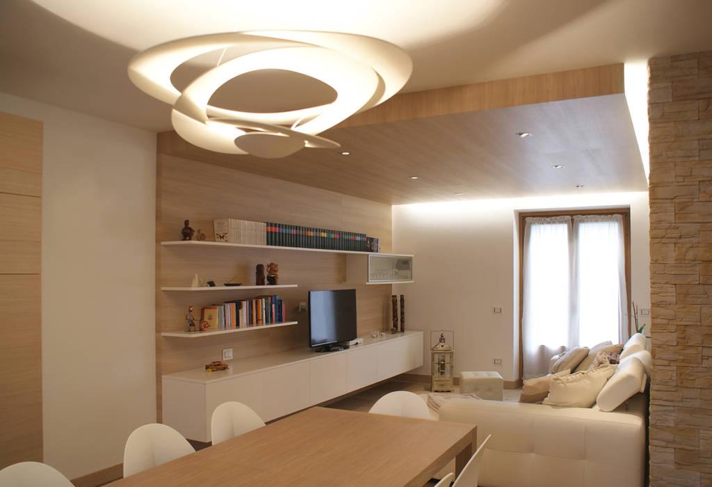 Wohnzimmer von GRITTI ROLLO | Stefano Gritti e Sofia Rollo,
