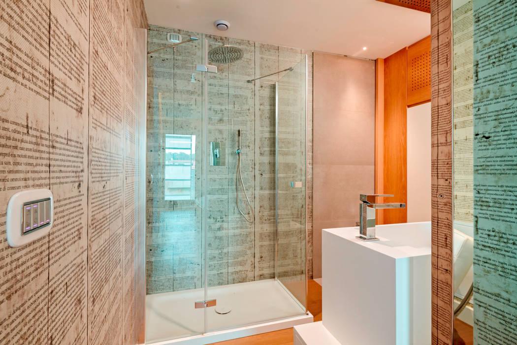 Edificio Residenziale Penthouse - Luxury Building - Appartamento Moke up 1: Bagno in stile in stile Moderno di Viviana Severini - Severini Associati + Partners