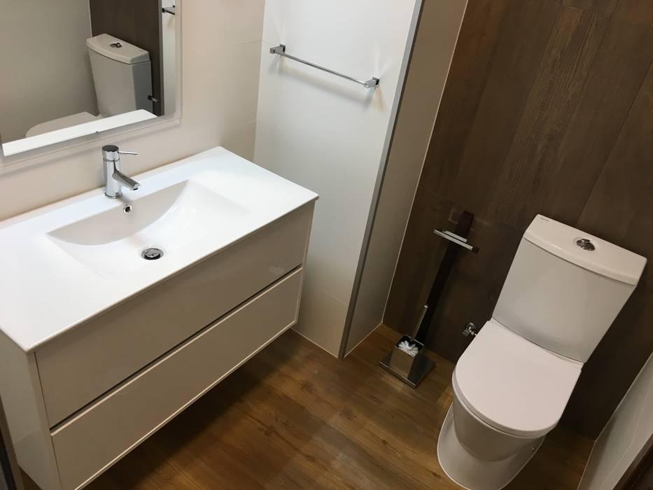 Baños de estilo  por Obras & Detalhes, Engenharia e Construção,
