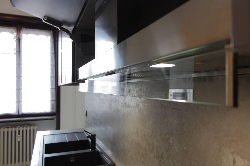 Cappa: cucina in stile in stile moderno di gaia brunello ...