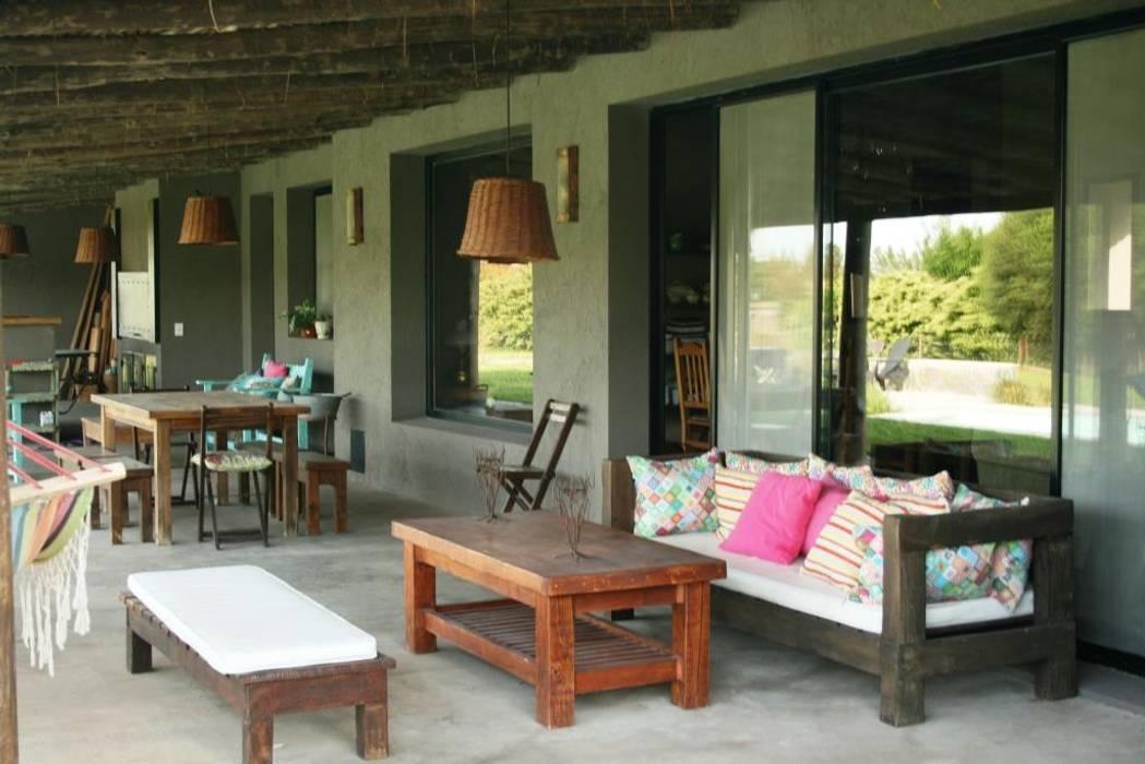 Casas de estilo rústico de Rocha & Figueroa Bunge arquitectos Rústico
