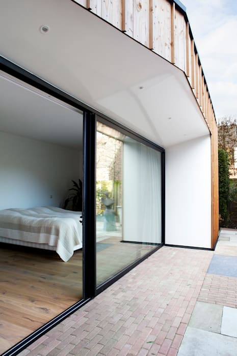 Houses by Kevin Veenhuizen Architects,