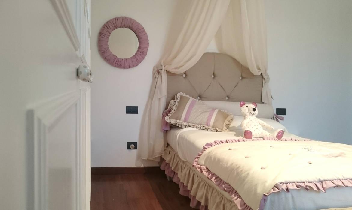 Cameretta bambina – classica: camera da letto in stile di ...