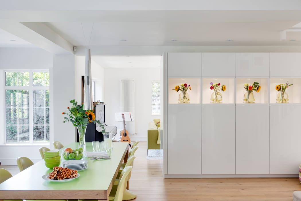 House Renovation and Extension Tenterden Kent STUDIO 9010 Modern dining room White