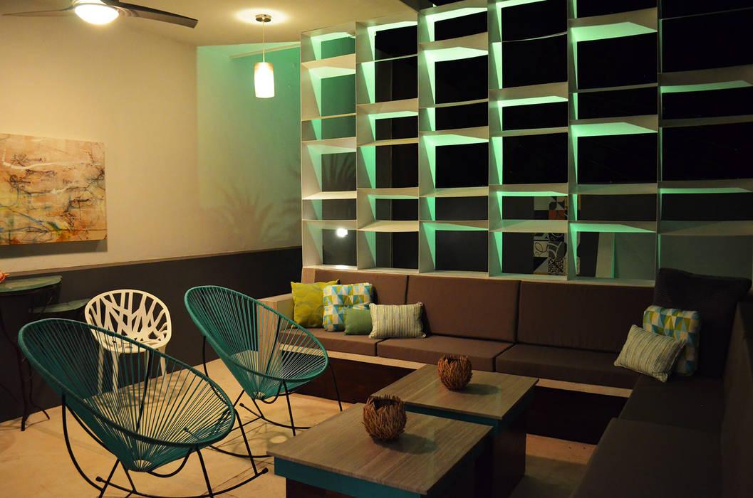 Modern balcony, veranda & terrace by Workshop, diseño y construcción Modern