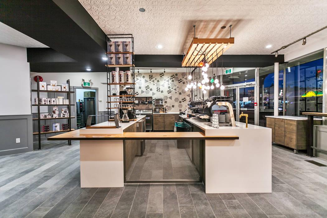 Counter area Alice D'Andrea Design Bars & clubs White