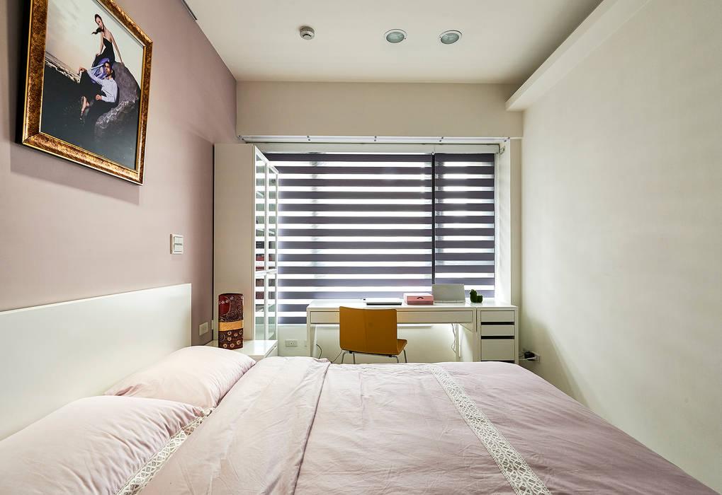 次臥室洋溢粉紫甜美味道 根據 青瓷設計工程有限公司 日式風、東方風
