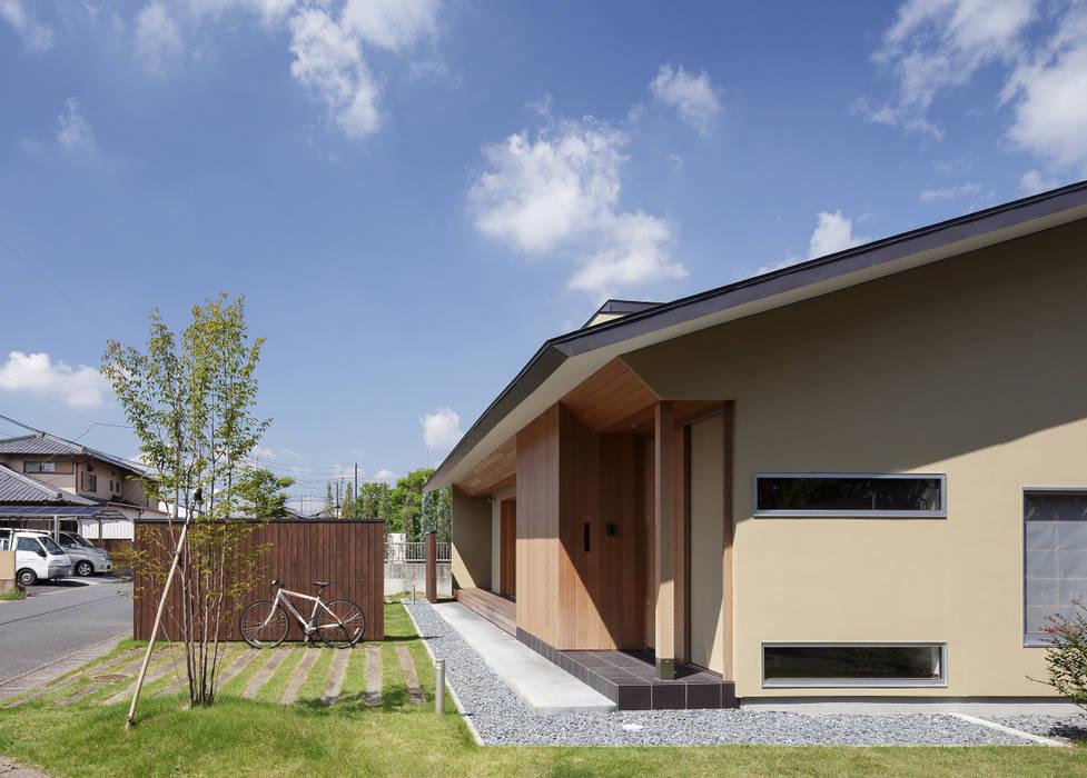 足利の住宅 モダンな 家 の カトウアーキテクトオフィス モダン