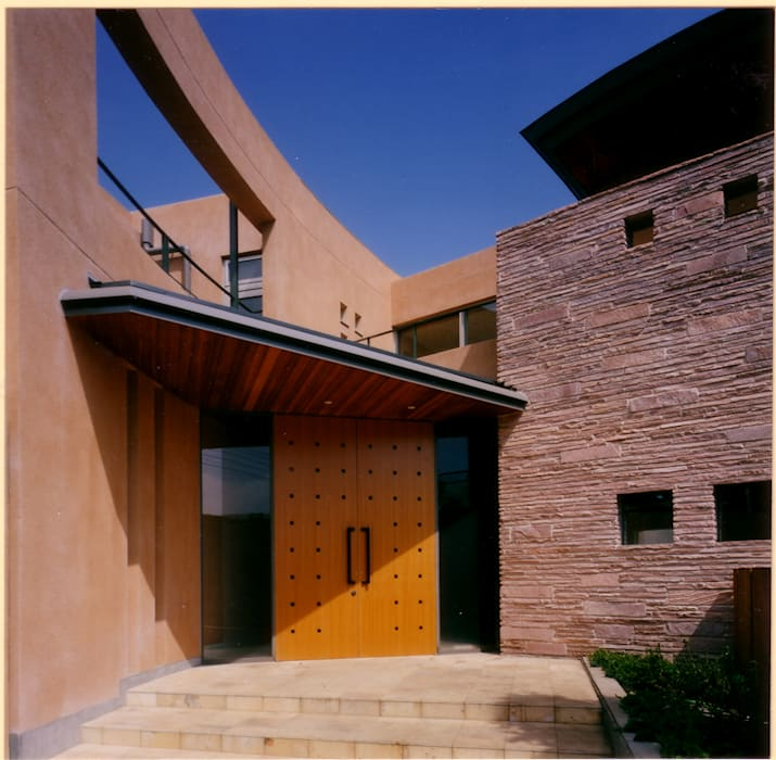 Дома в . Автор – 豊田空間デザイン室 一級建築士事務所, Средиземноморский
