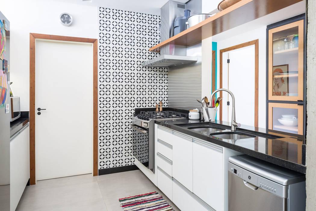 Кухня в стиле модерн от Joana França Модерн