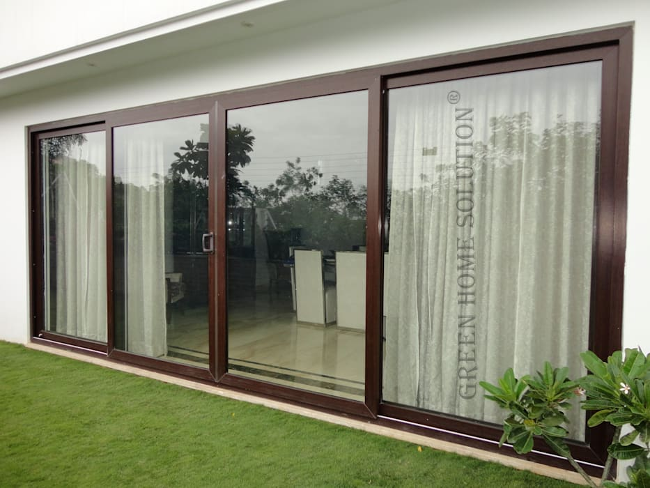 Elegant Sliding Door:  Windows by Green Home Solution,Asian