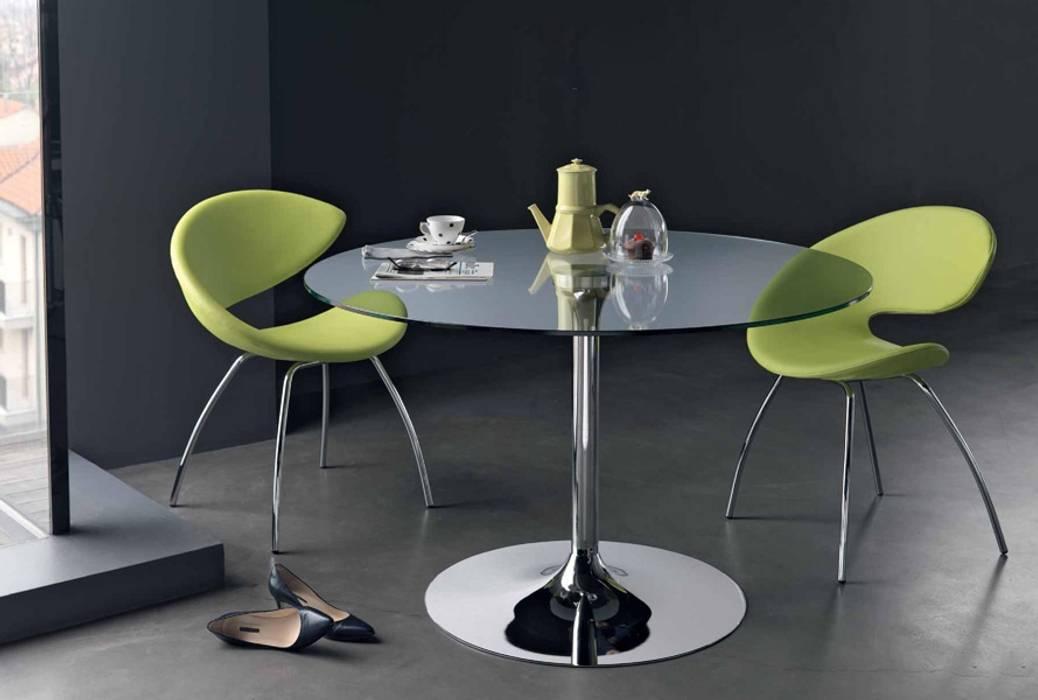 Mesas redondas com tampo de vidro Round tables with glass top www.intense-mobiliario.com YTINIFNI Salas de jantar modernas por Intense mobiliário e interiores; Moderno