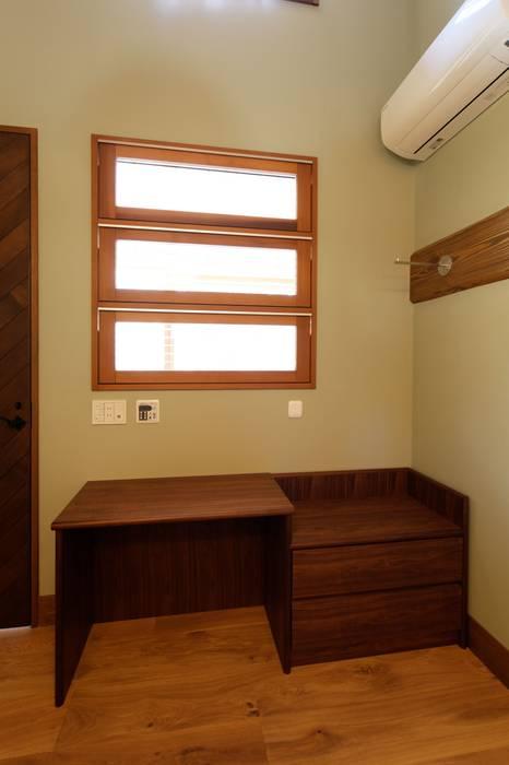 Classic windows & doors by 株式会社山崎屋木工製作所 Curationer事業部 Classic