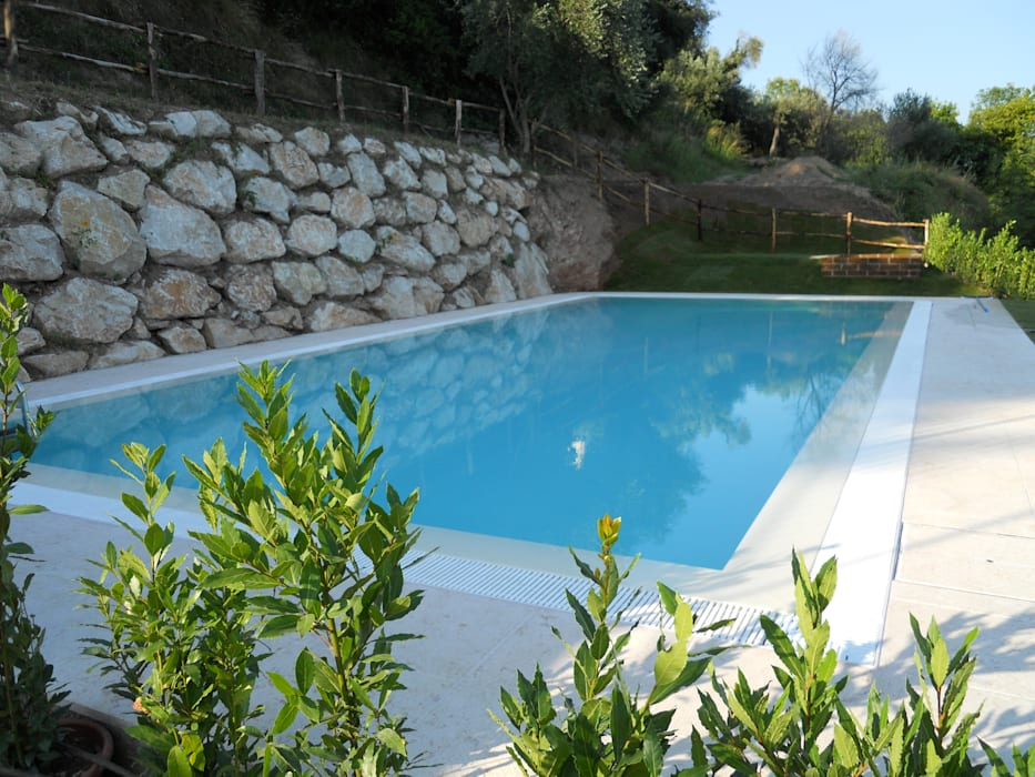Moderne Pools von Aquazzura Piscine Modern Beton