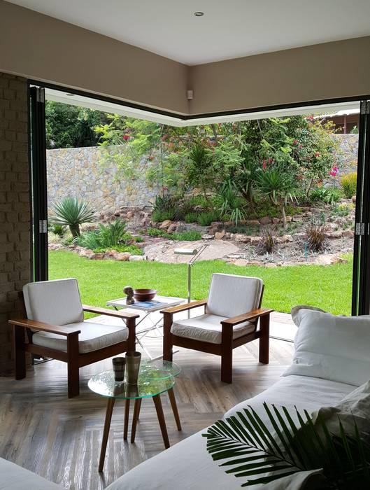Moderne Wohnzimmer von Human Voice Architects Modern