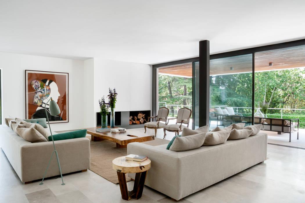 Reforma Integral en la urbanización de la Moraleja Moderne Wohnzimmer von ÁBATON Arquitectura Modern