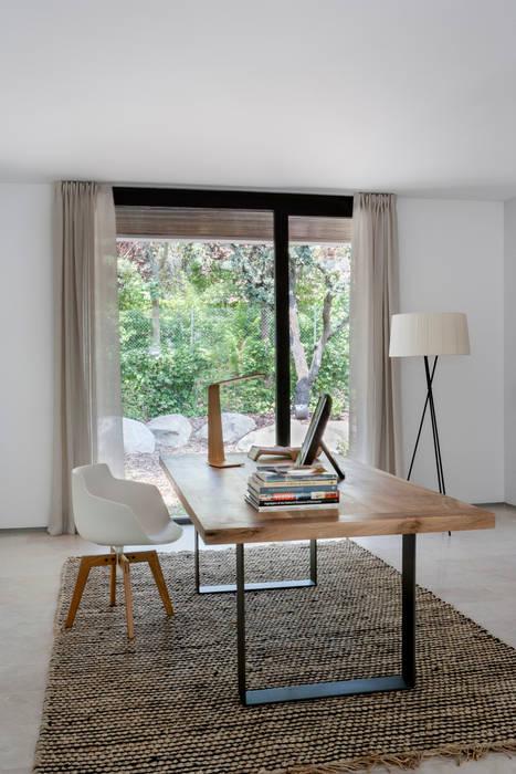 Гостиная в . Автор – ÁBATON Arquitectura