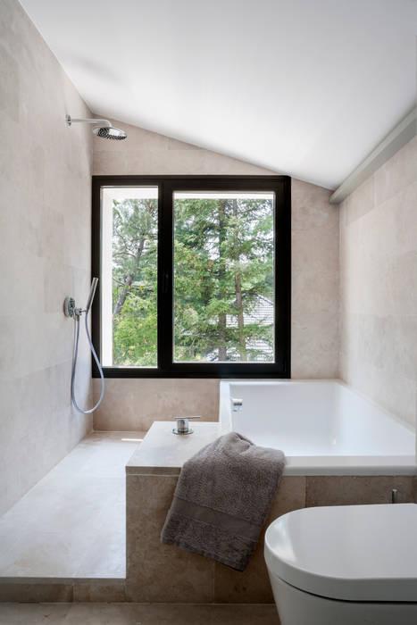 Ванные комнаты в . Автор – ÁBATON Arquitectura