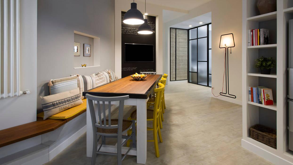 Ruang Makan Gaya Industrial Oleh Archifacturing Industrial