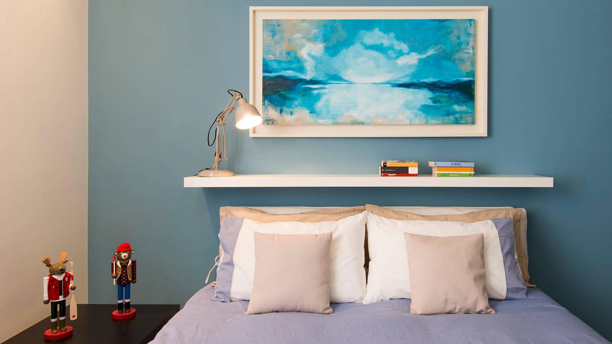 Appartamento al Gazometro: Camera da letto in stile in stile Moderno di Archifacturing
