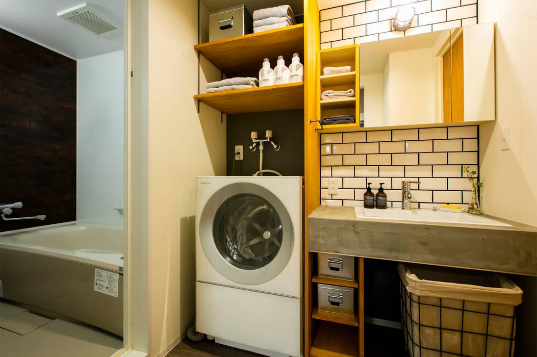 Industrial style bathroom by 株式会社トキメキデザイン・アトリエ Industrial
