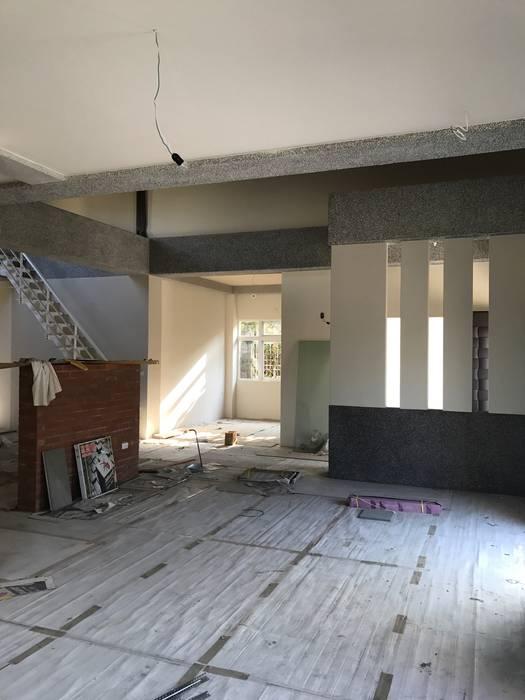 室內空間的設計:  活動場地 by 綠藝營造
