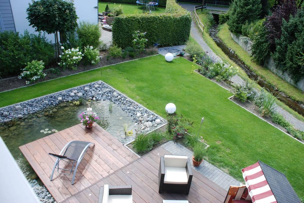 Holzdeck und terrasse moderner balkon, veranda & terrasse ...