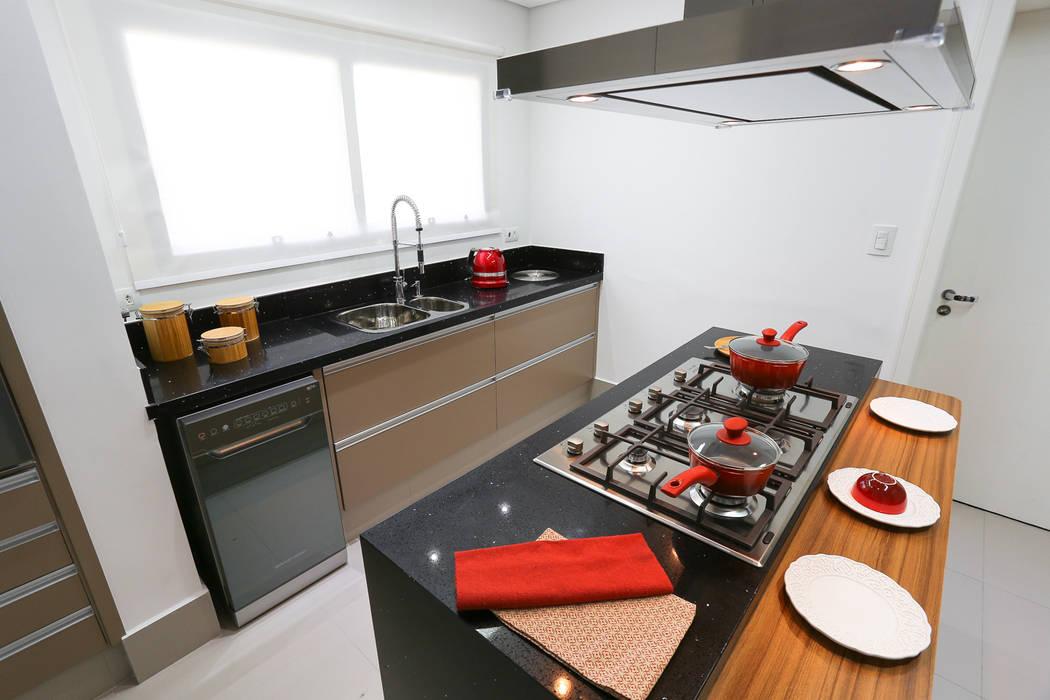 Camila Giongo Arquitetas Associadas - Decoração de Interiores ME Cuisine moderne Marbre Noir